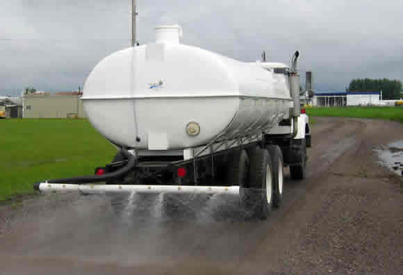 Water Truck with Spray Bar